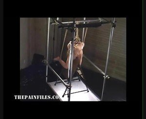 Suspended japanese slavegirl in asian bdsm and sex