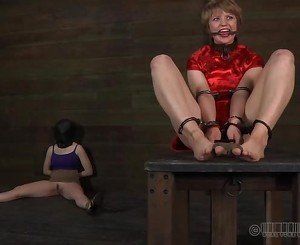 Bound up slave receives pleasuring her snatch