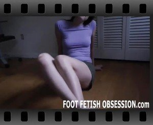 Three Girls who Love Feet Licking Toes, Porn 69: