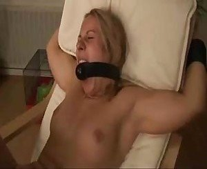 Submissive Blonde Anal Plug Fingering, Porn e5: