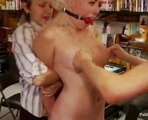 Jack Hammer Gives His Tool To A Smut Nymph Lorelei Lee