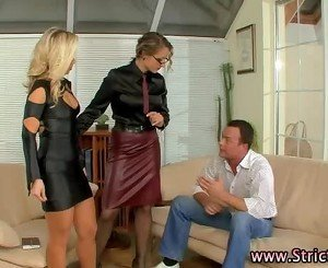 Fetish dominatrix makes slut suck dick