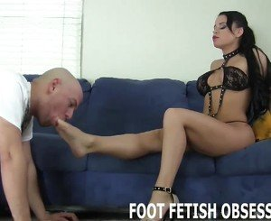 Worship my perfect feet like a good little slave