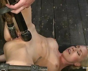 Lorelei Lee takes a hard dildo in her moist slot
