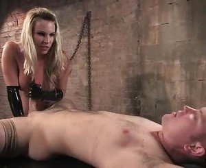 Mistress Harmony Rose bounces her pussy on a stiff cock