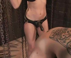 Simone Cross ties slave to saw horse then fuck his ass with s...