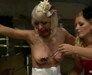 Scorching Lorelei Lee has her snatch licked clean