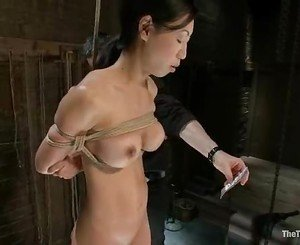 Asian hottie Tia Ling gets her lucious tits and steamy cunt t...