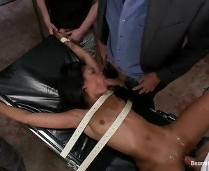 Slut Skin Diamond gets tied up & fucked up her cunt